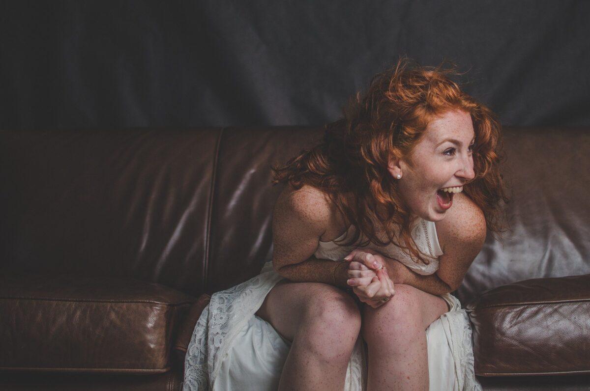 ¿Qué significa soñar con la risa?