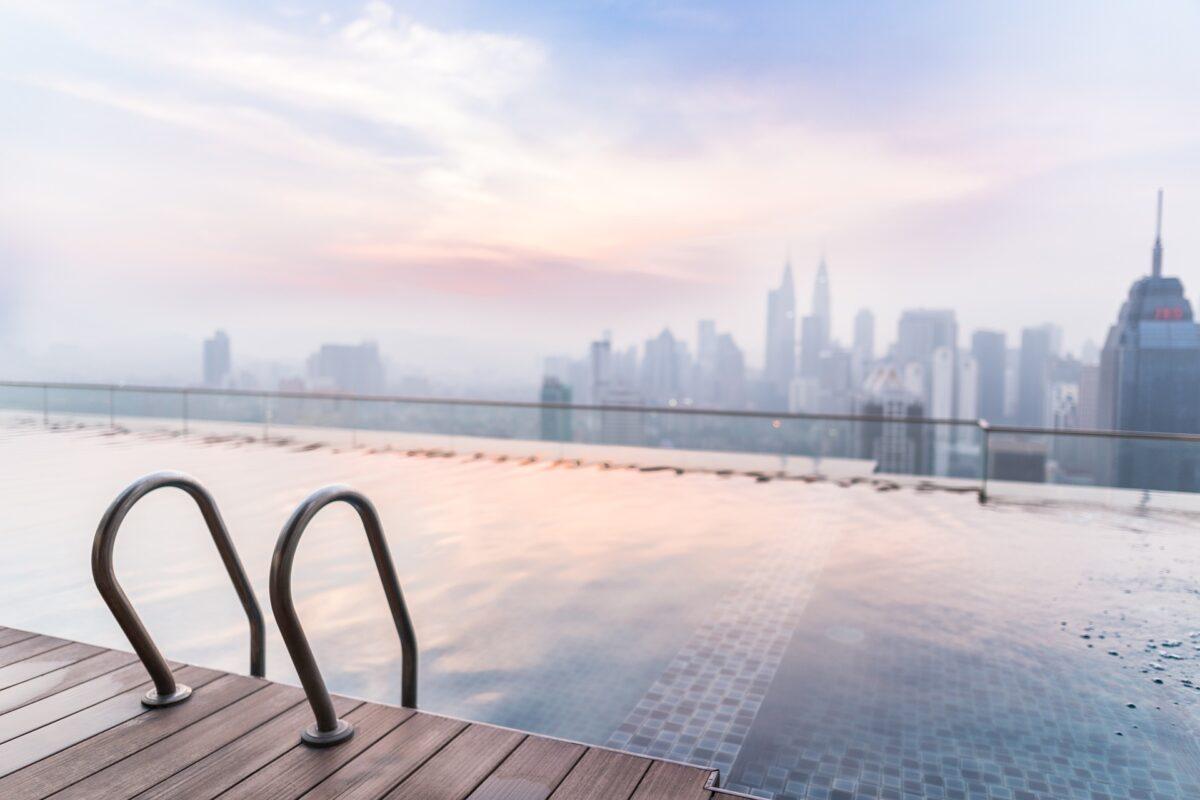 ¿Qué significa soñar con una piscina?