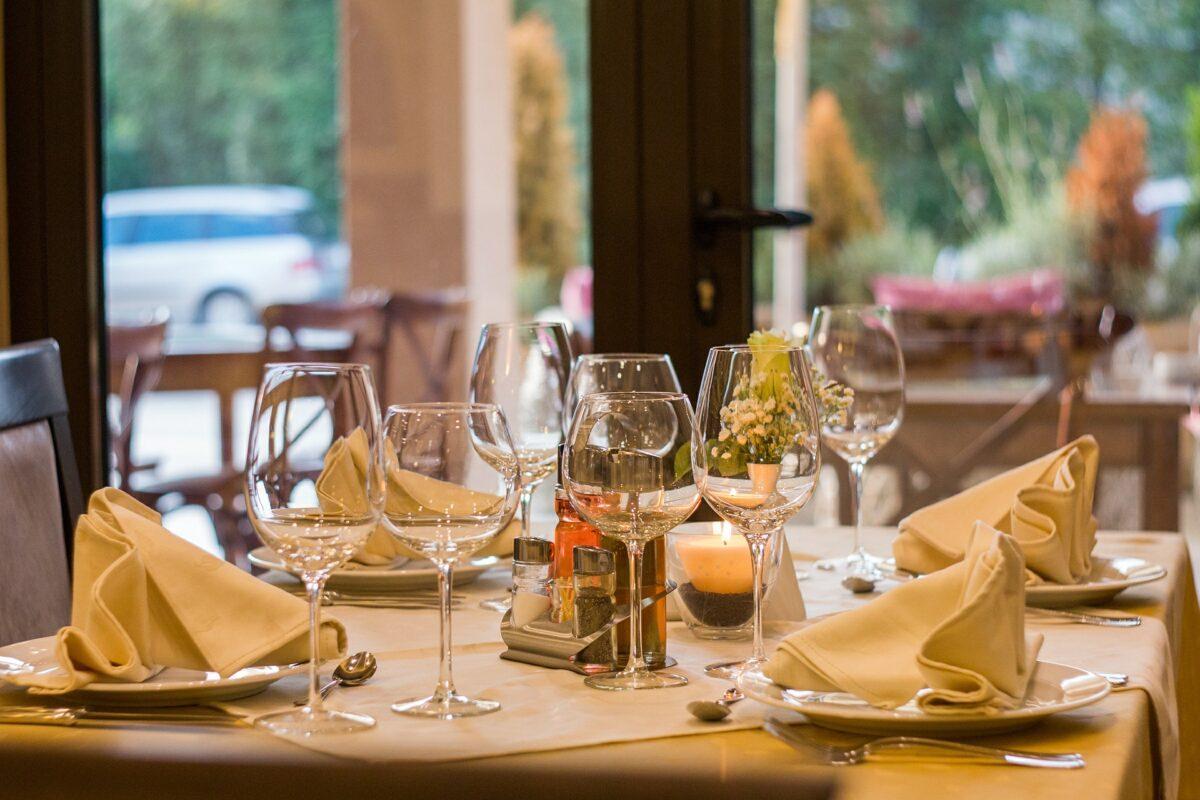 ¿Qué significa soñar con un restaurante?